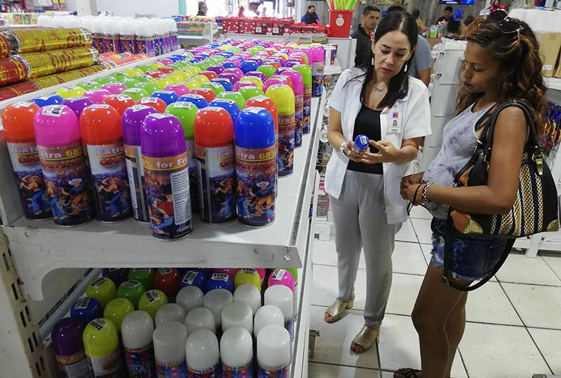 Salud fiscaliza rotulado en espumas y recomienda que los  niños no utilicen producto que podría provocar daño en ojos