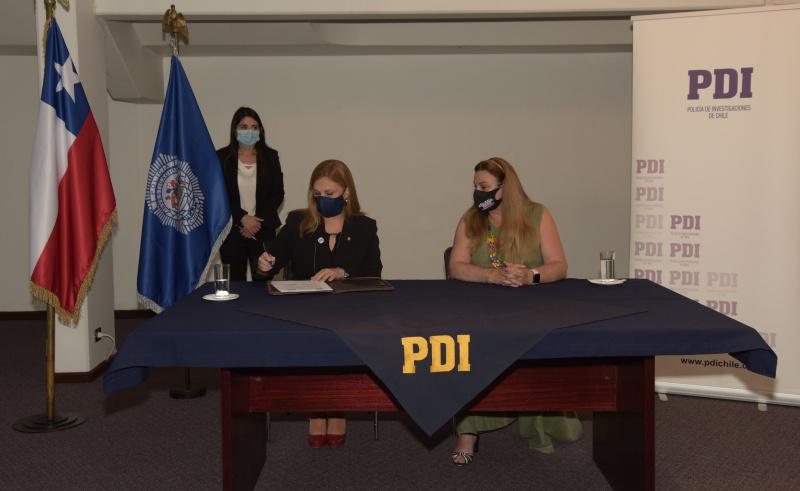 PDI y SernamEG se unen para combatir la violencia contra la mujer