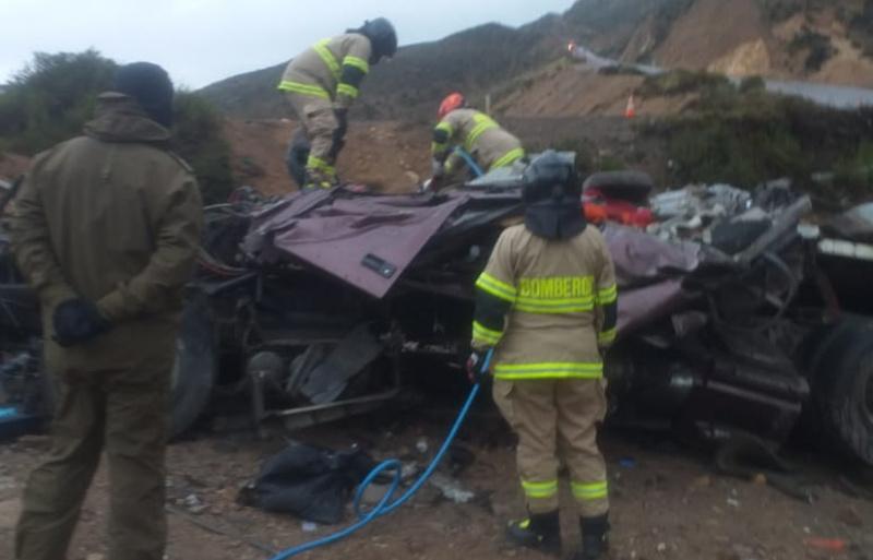 Volcamiento en ruta 11ch dejó un conductor fallecido
