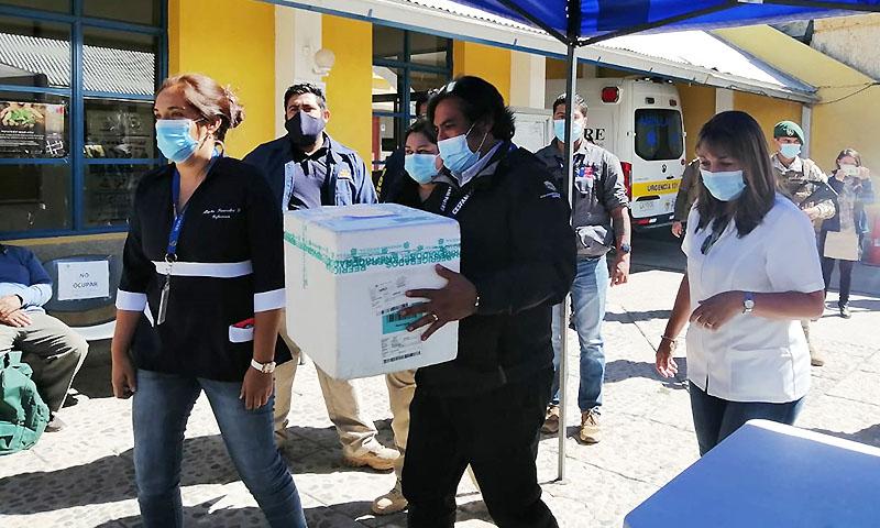 Llegan primeras vacunas contra el COVID-19 a la provincia de Parinacota